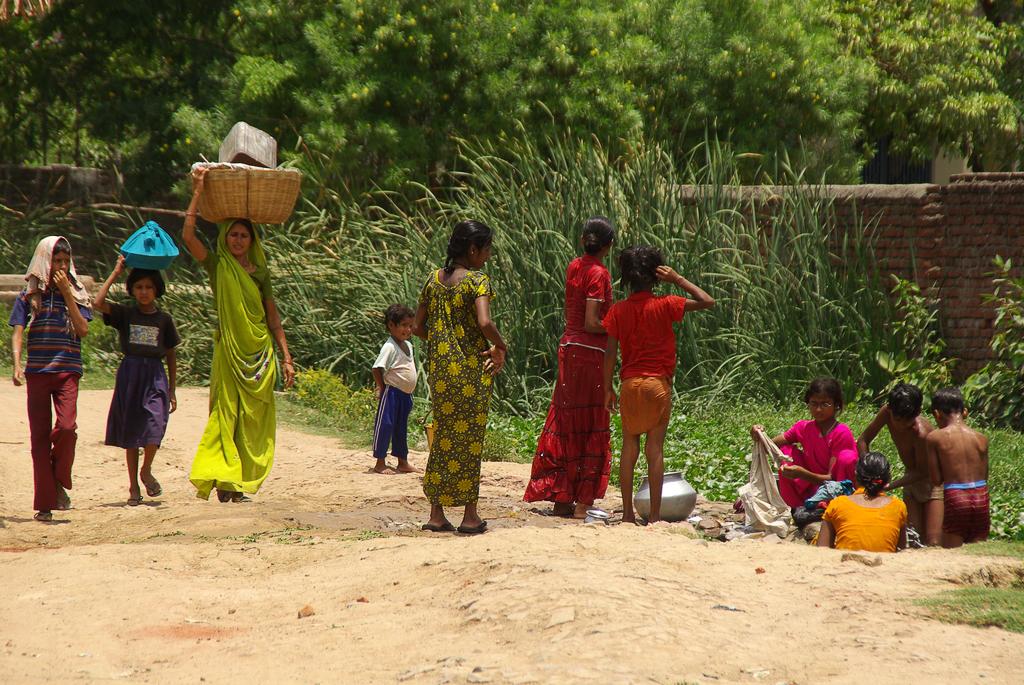 L'Inde impressionne par ses scènes colorées