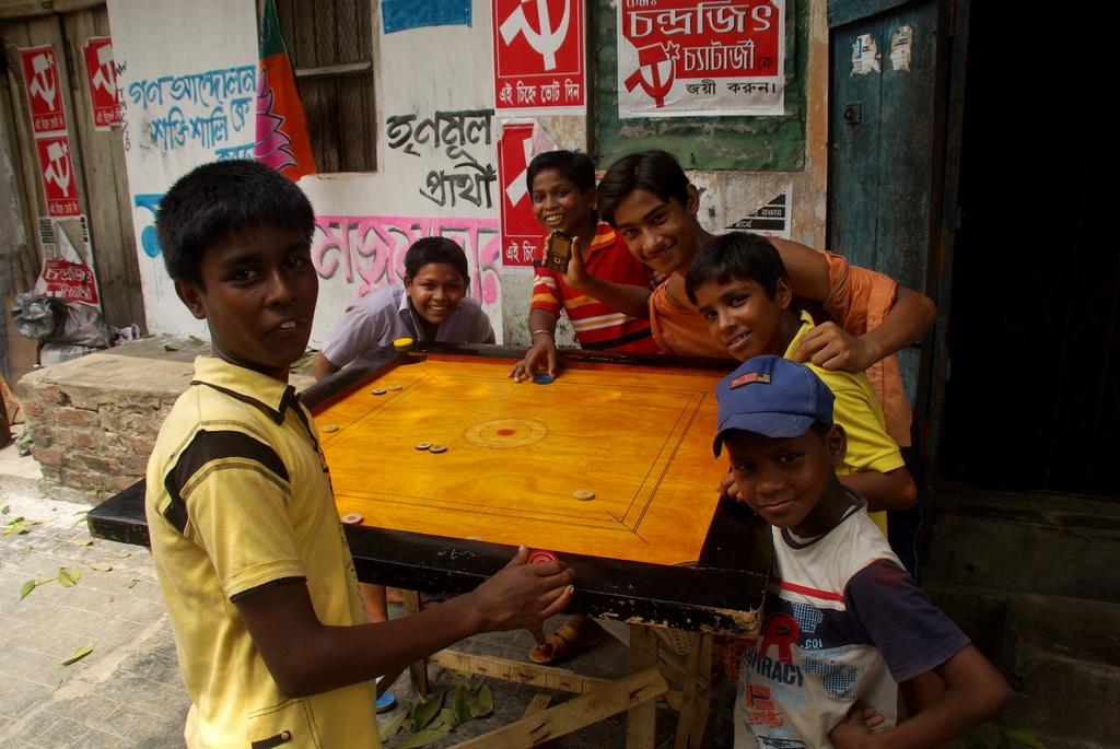 Partie de Carrom à Calcutta
