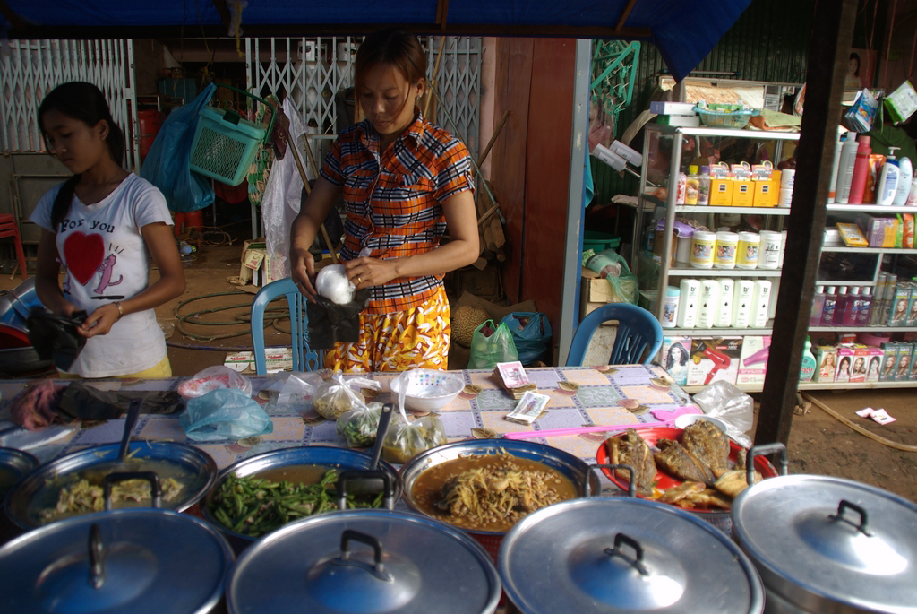 Au marché, Cambodge