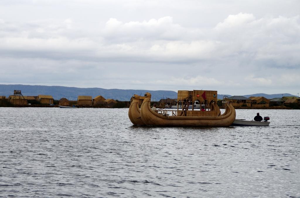 Iles flottantes d'Uros - Pérou