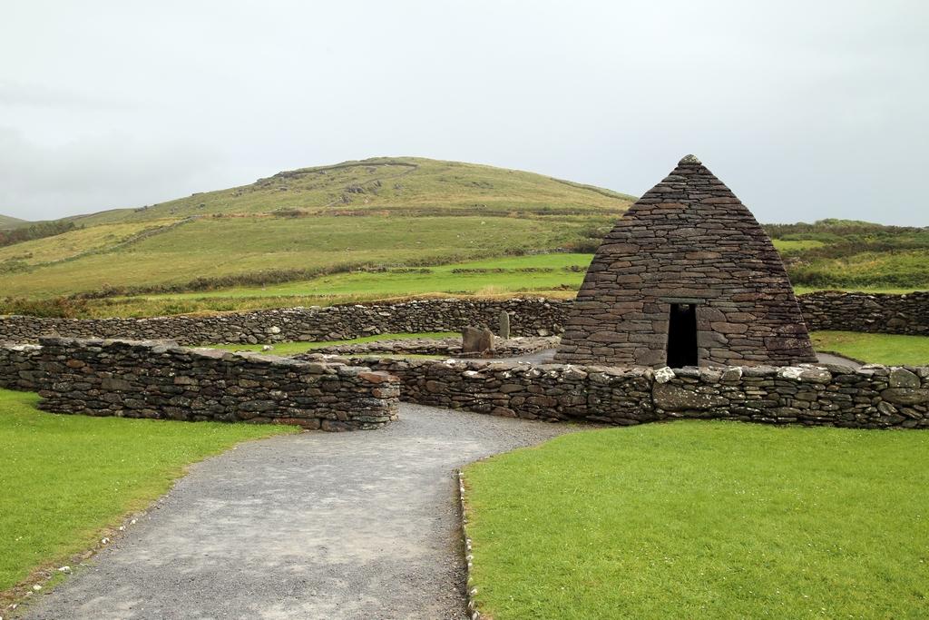 Gallarus Oratory, une construction entièrement en pierre (sans ciment ni terre) qui tient debout depuis 1200 ans, comté de Dingle - Irlande