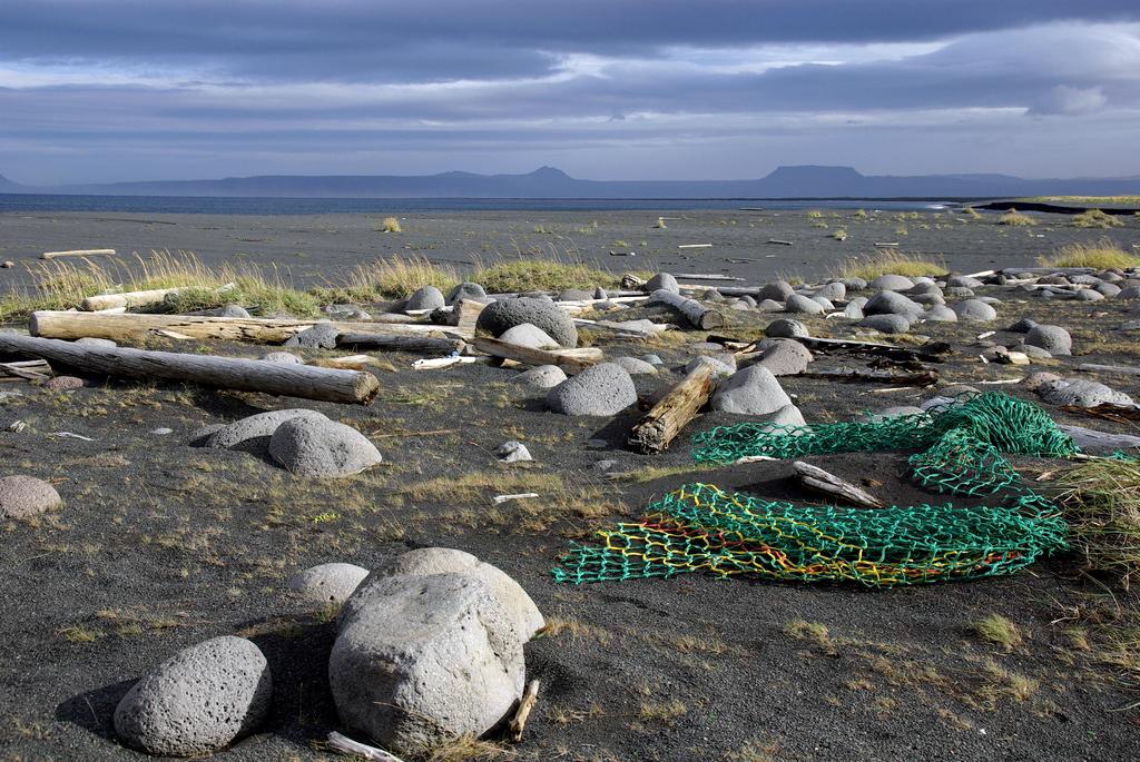 Filets de pêches perdus aux confins de l'océan Arctique