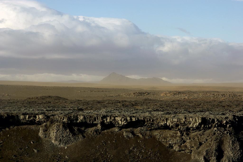 Terre déchirée, en aval de Dettifoss