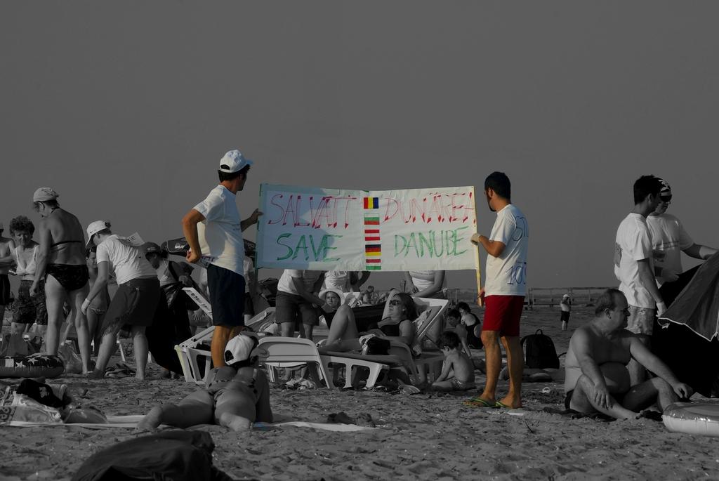 Save Danube ! Une prédiction, un an avant la pollution aux boues rouges, Roumanie