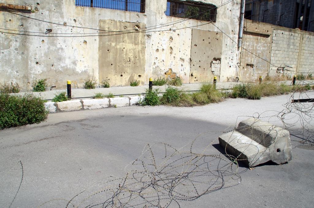 A Beyrouth, certains stigmates des guerres passées sont bien visibles