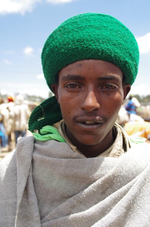 Portrait dans un marché, chez les Amharas