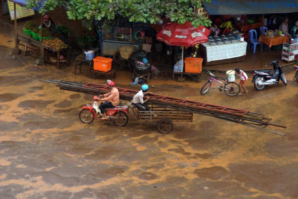 Ban Lung, après la pluie, Cambodge