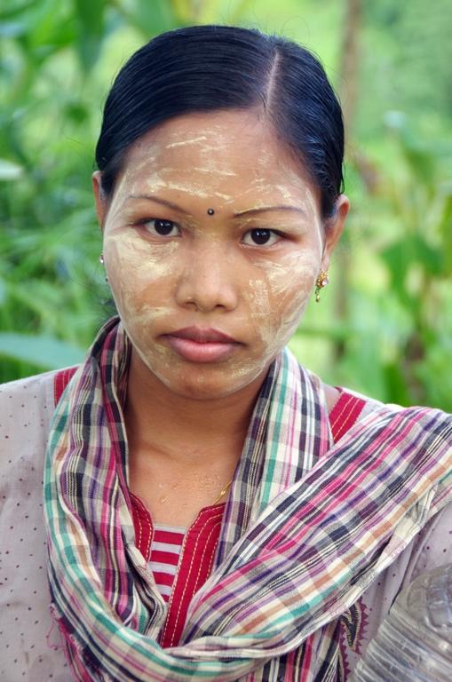 Femme d'origine birmane - Bangladesh