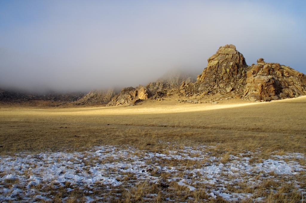 Voile de brume se levant - Mongolie
