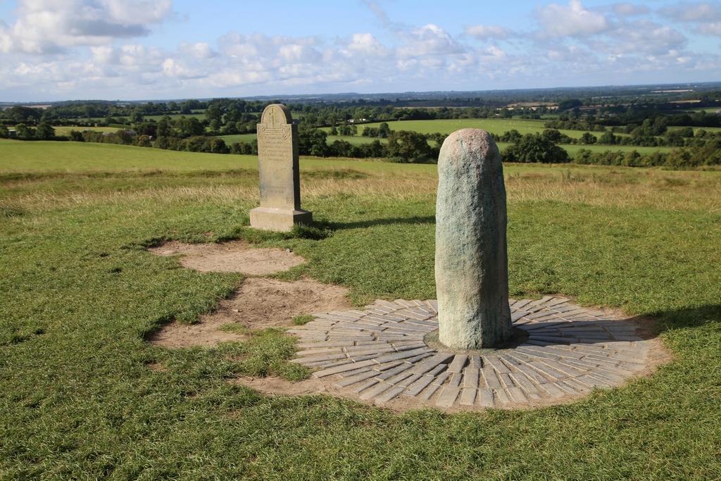 Tara, ancien site où étaient couronnés les rois. On raconte que les dieux celtiques y vivaient - Irlande