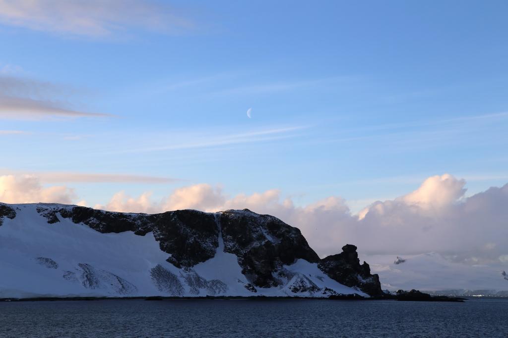 Dernier regard sur l'Antarctique